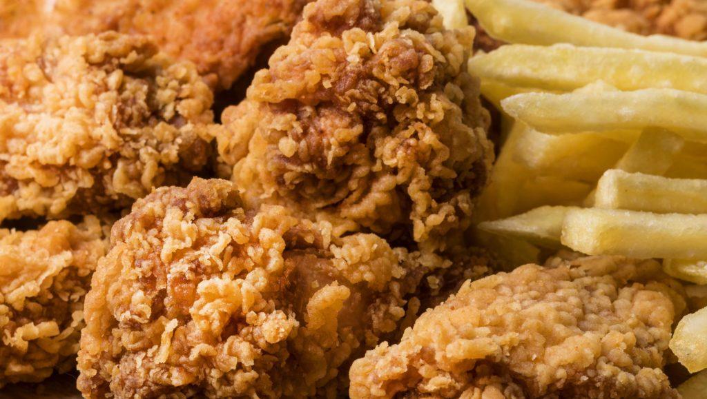 Pollo, un protagonista más en Juanchi's Burgers