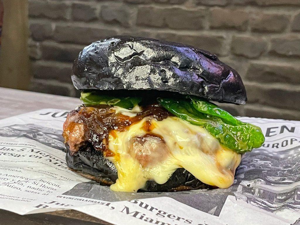 Juanchi's Burger: Nuevos tiempos, nuevos productos